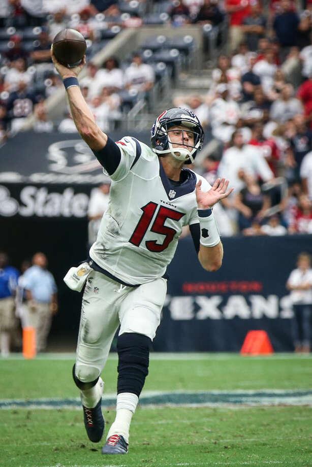 Houston Texans quarterback Ryan Mallett throws a pass in the fourth quarter of the NFL football game against Kansas City Chiefs on Sunday at NRG Stadium. Photo: Michael Minasi