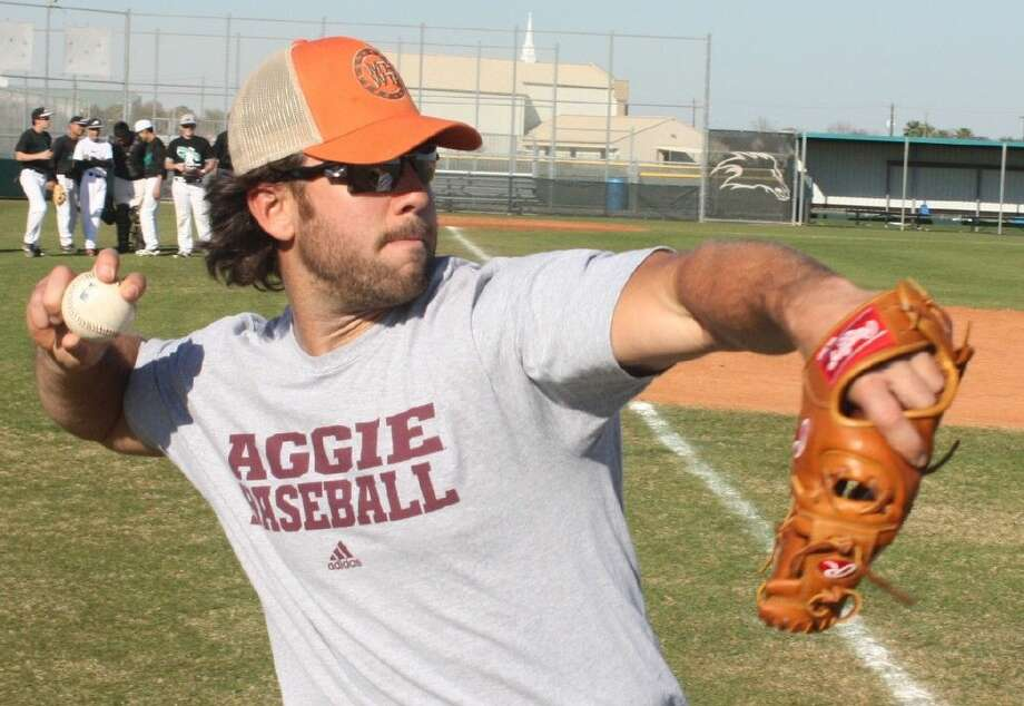 Birthday Boy Brandon Hicks, shown practicing with Pasadena Memorial's baseball team prior to reporting to San Francisco's spring training camp last winter, turns 30 tomorrow. He says goodbye to his 20s, a decade in which he played for the Atlanta Braves, Oakland A's, the San Francisco Giants and the New York Mets Triple A team. Photo: Robert Avery