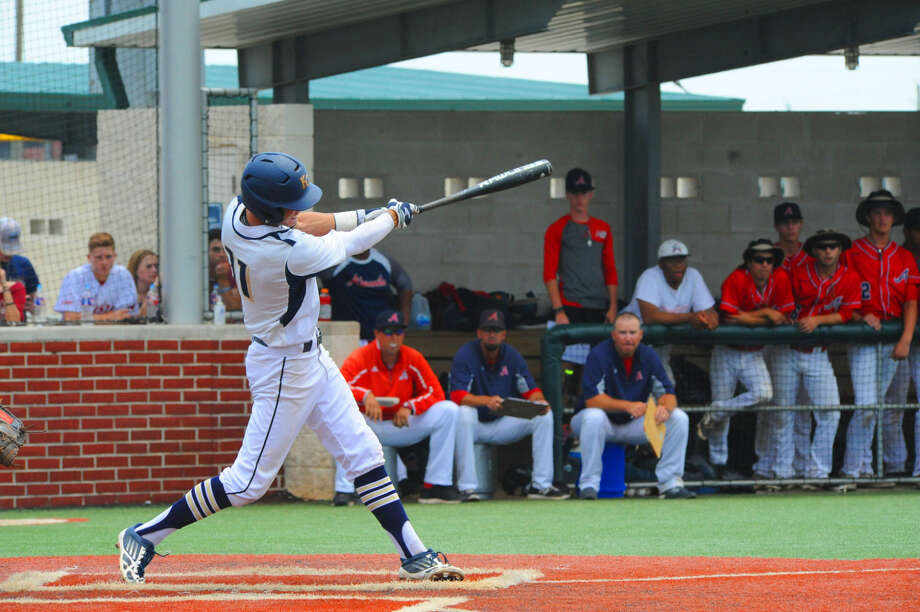 Klein Collins third baseman Jon Windham belts a double to left field in the bottom of the sixth inning Saturday, May 21, 2016 at Premier Baseball. Nick Mikolajchak would bring Windham in for the game's only Klein Collins run, and the Tigers would fall to the Atascocita Eagles 3-1 in extra innings. Photo: Tony Gaines
