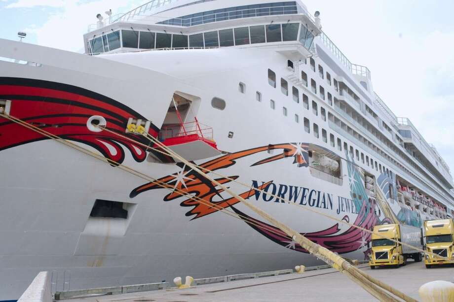 Norwegian Cruise Line's Norwegian Jewel prepares to make its maiden voyage out of the Bayport Cruise Terminal Saturday, Oct . 11. Photo: Kirk Sides