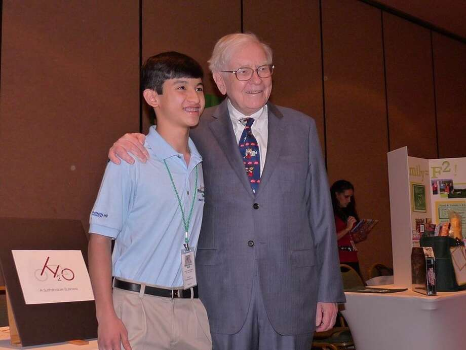 Warren Buffet, the American businessman and investor, personally awarded Fabian Fernandez-Han 10 shares of Berkshire Hathaway stock. Photo: Submitted