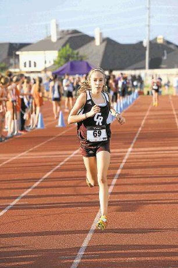 Cinco Ranch's Reagan Kappel won the girls varsity Division I individual championship at the Brenham Hillacious Invitational, Sept. 26. The Lady Cougars took home the team title with 29 points. Photo: Craig Moseley