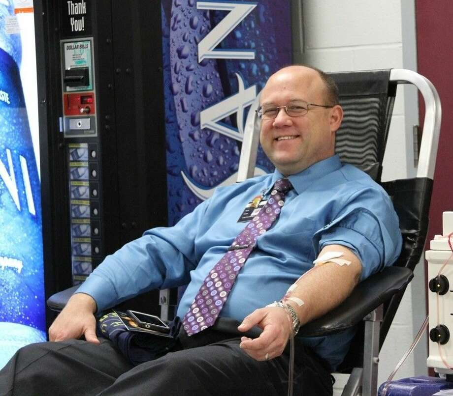 Coldspring-Oakhurst High School CTE Coordinator Scott Humes donated double-red blood cells for the COHS Student Council Blood Drive on Wednesday, Oct. 15. Photo: Submitted