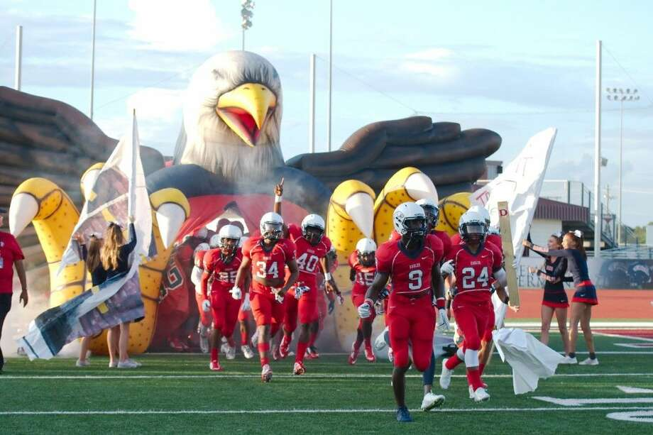 Dawson will be the home team Friday for its matchup with Pearland. Photo: KIRK SIDES