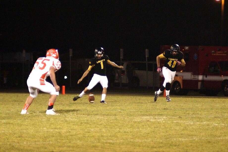 Liberty Panthers' kicker Trevor Pierce starts the game against visiting Orangefield, Oct. 24. Photo: Casey Stinnett