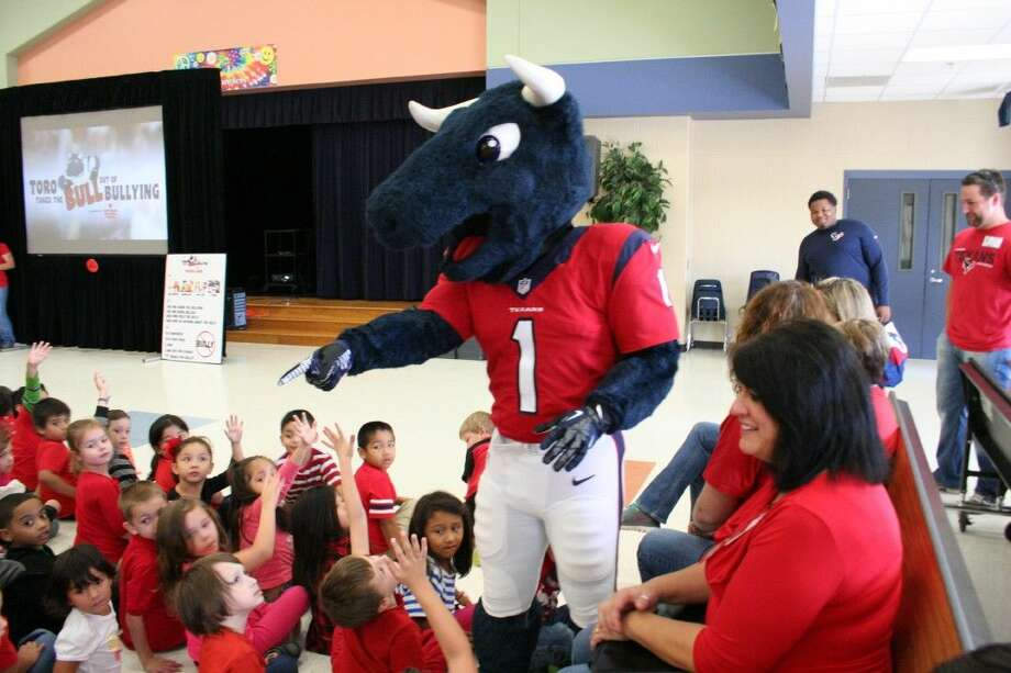 TORO, the official mascot of the Houston Texans visited the students of Valley Ranch Elementary School to teach them about how to recognize and prevent bullying.