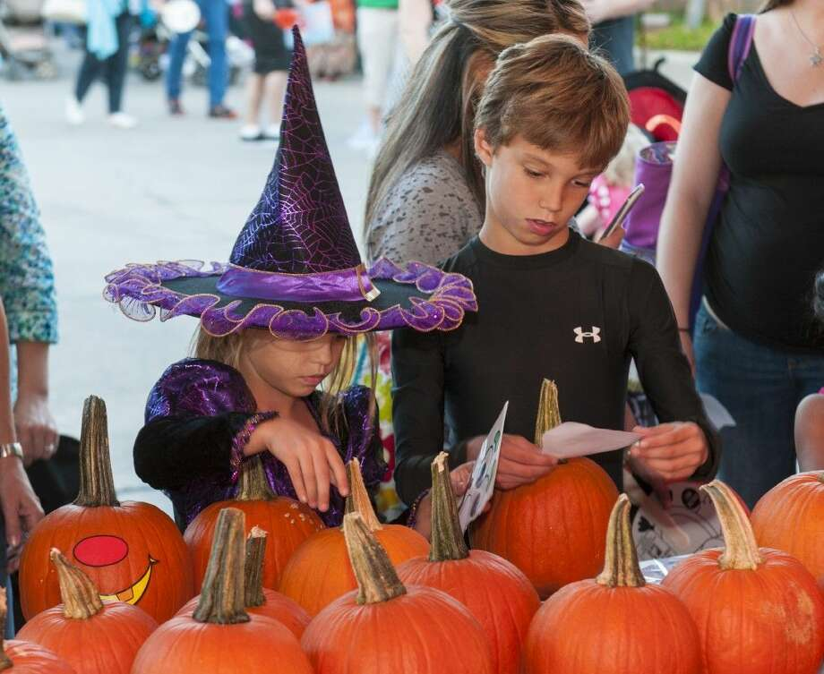 Ghouls and goblins of all ages are invited to Hocus Pocus Pops are The Cynthia Woods Mitchell Pavilion Oct. 23. Orchestra seating is $20 and mezzanine and lawn seating is free.
