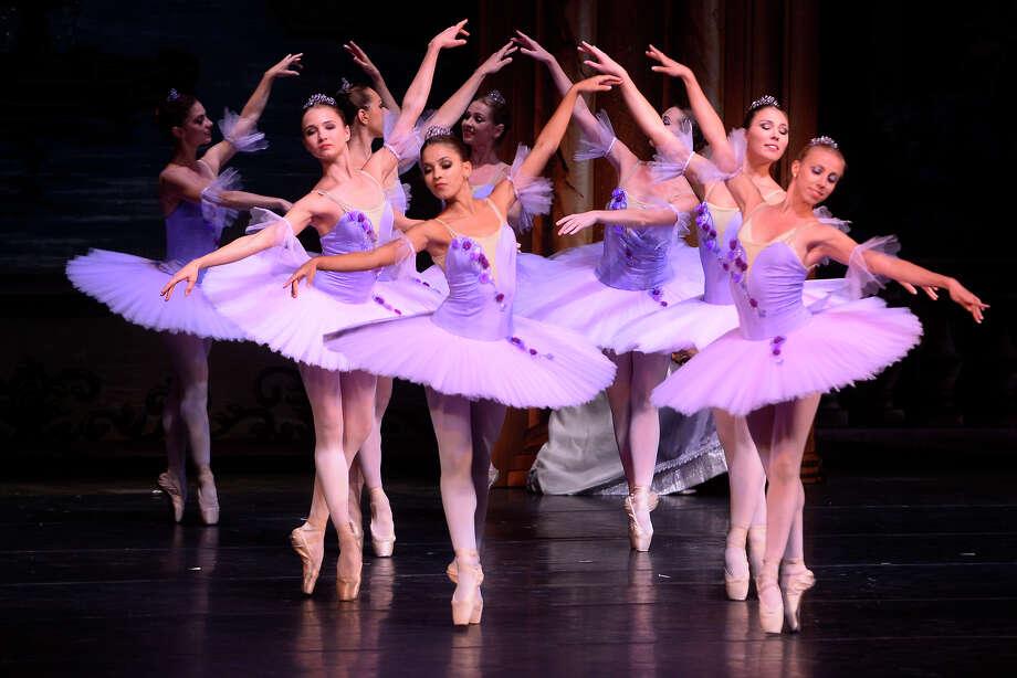Kết quả hình ảnh cho grand ballet