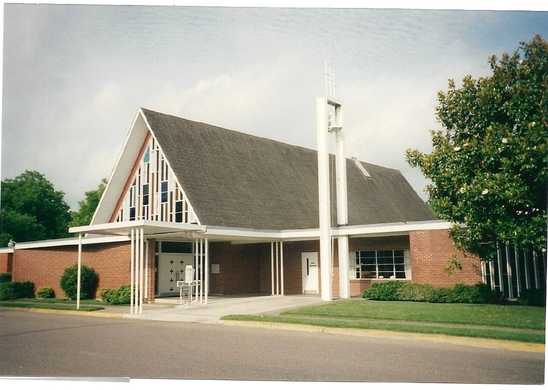 La porte community church to celebrate 90th anniversary for Laporte county clerk