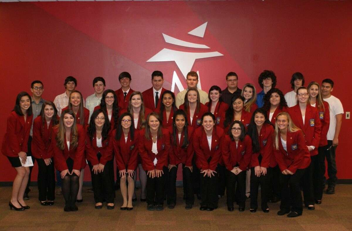 Magnolia ISD SkillsUSA officers for 2015-16.