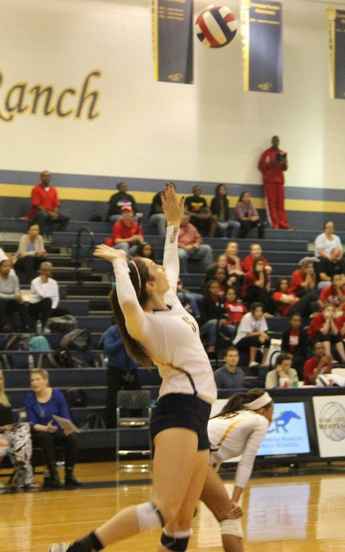 Shelly Fanning has committed to play for Baylor University in 2015.