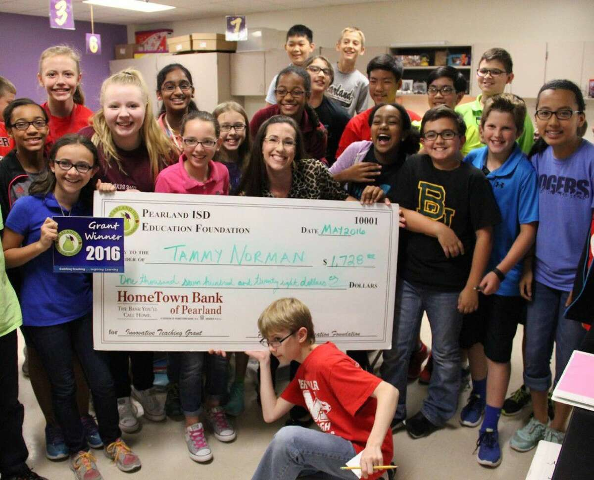 Mrs. Tammy Norman, teacher at Rogers Middle School, receives an Innovative Teaching Grant for her project Kit-napper.