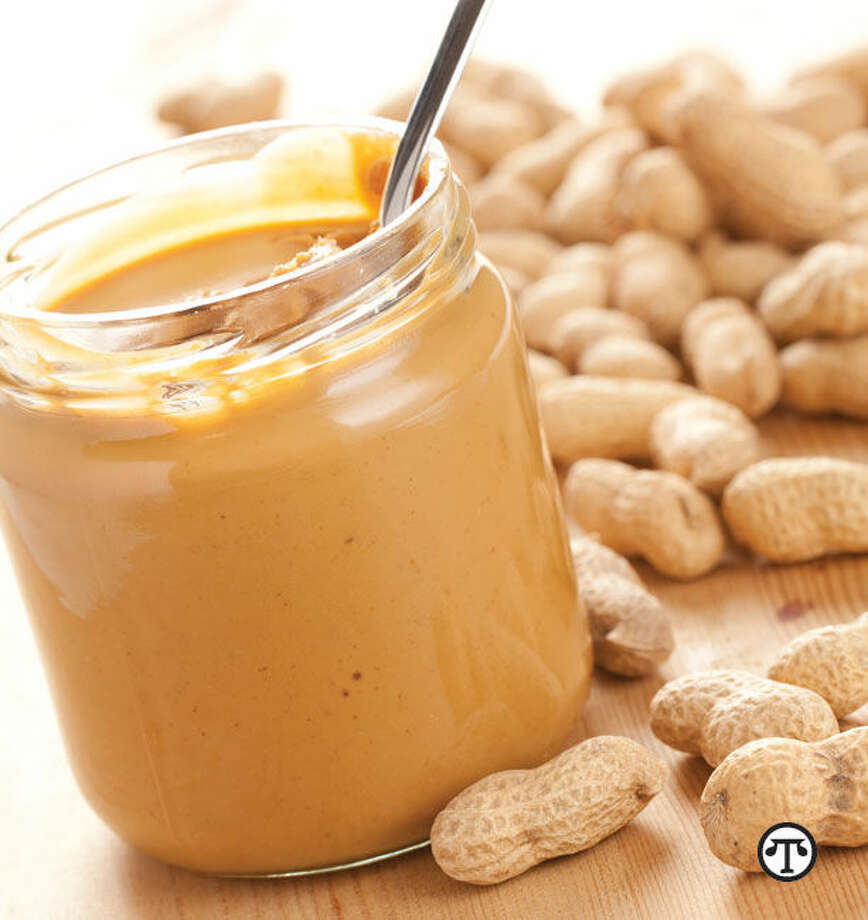Peanuts and peanut butter are rich in healthful plant protein. (NAPS)