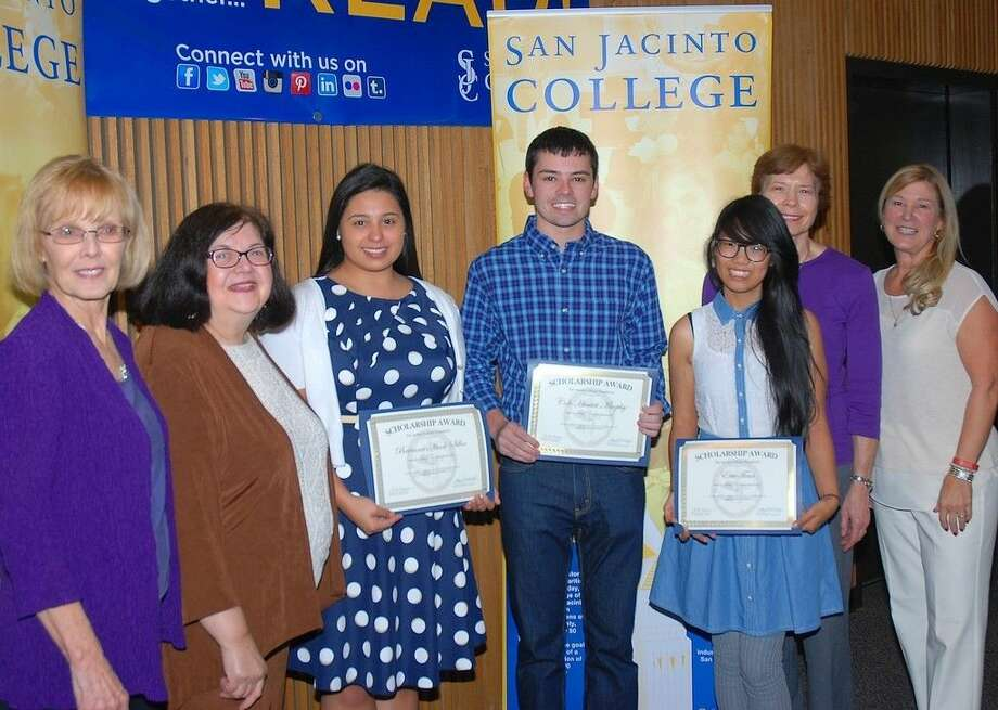 From left, Dr. Ann Cartwright and Dolores Aquino, San Jacinto College professors; Brianna Siller, Cole Murphy, and Evie Tran, San Jacinto College students and Houston Chemical Association scholarship recipients; Joyce Miller, San Jacinto College professor; and Ruth Keenan, executive director of the San Jacinto College Foundation. Photo credit: Amanda L. Booren, San Jacinto College marketing, public relations, and government affairs department.