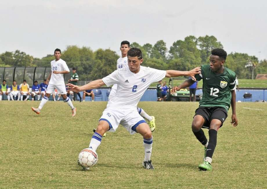 San Jacinto College will host a men's soccer Region XIV tournament game on Sunday, Nov. 1 at 3 p.m., against Paris Junior College. Pictured: Jefrey Hernandez. Photo credit: Andrea Vasquez, San Jacinto College marketing, public relations, and government affairs department.