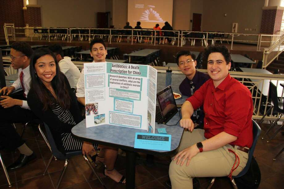 Students from Manvel High present their Capstone projects.
