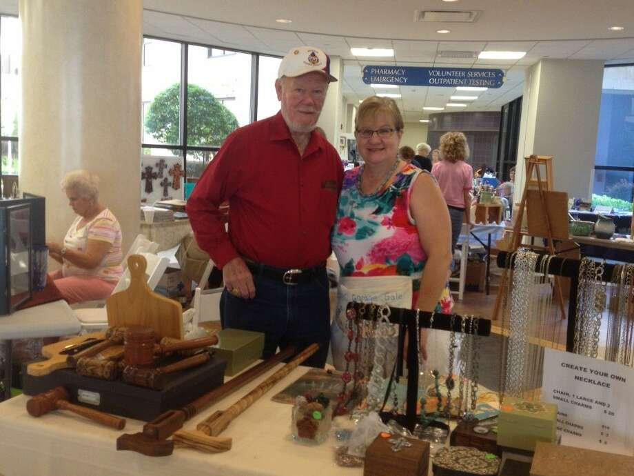 Senior Circle members, Henry McKinley and Phylis Haralson, at the Craft Show. Photo: Submitted