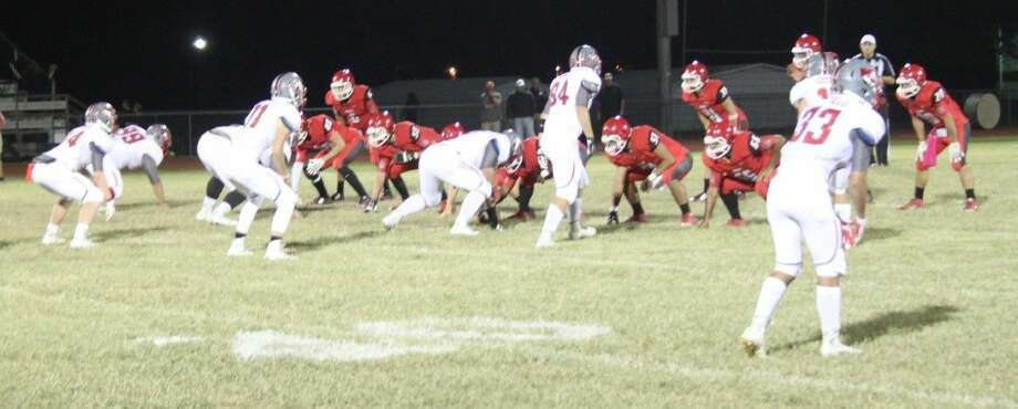 The Cleveland Indians (right) prepare to make their play against the Splendora Wildcats. Photo: Jacob McAdams