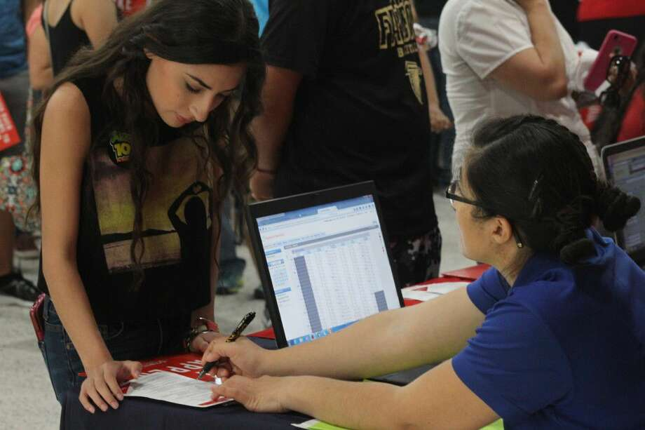 A TSTC student on a sister campus in Harlingen registers for Fall Semester classes at a recent Registration Rally that attracted hundreds of students and family members.