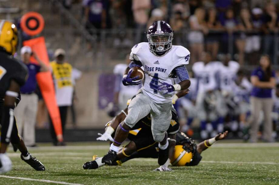 B.J. Rainford scored three touchdowns as Ridge Point rallied for a 48-36 victory against Texas City. The Panthers clinched their second consecutive District 23-5A championship. Photo: Craig Moseley