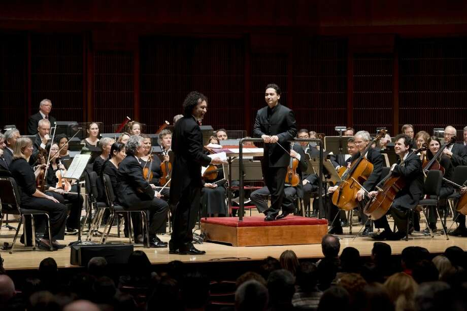 Music Director Andrés Orozco-Estrada was joined by fellow Colombian conductor and co-host of the series Carlos Andrés Botero as they took audiences back 200 years to explore the early stages of the making of the attention-grabbing Fifth Symphony.