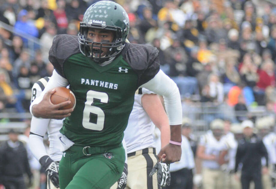 Kingwood Park quarterback Jaylon Henderson and the Panthers will take on George Ranch at 7 p.m. Saturday. Photo: Keith MacPherson
