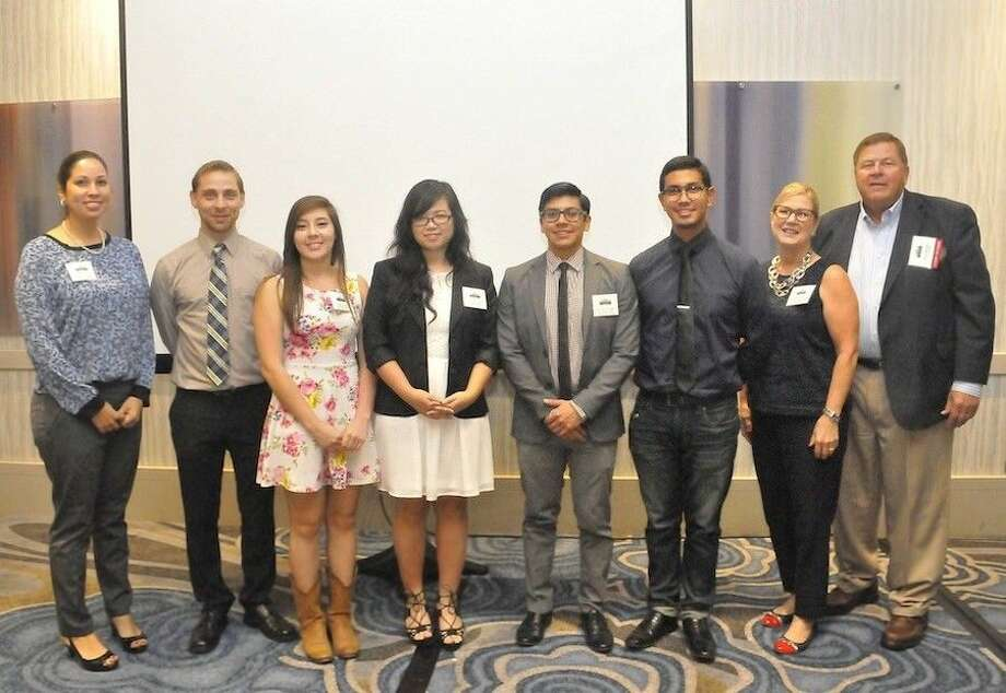 Dr. Rachel Garcia, department chair of physical science at San Jacinto College; Nate Wiggins, professor of mathematics at San Jacinto College; Houston Chemical Association scholarship recipients and San Jacinto College students Yaimari Argueta, Quyen Vu, Altovely Uriostegui, and Oscar Charria; Ruth Keenan, executive director of the San Jacinto College Foundation; and Jerry Schweiger, Houston Chemical Association scholarship chair. Photo credit: Jeannie Peng-Armao, San Jacinto College marketing, public relations, and government affairs department.