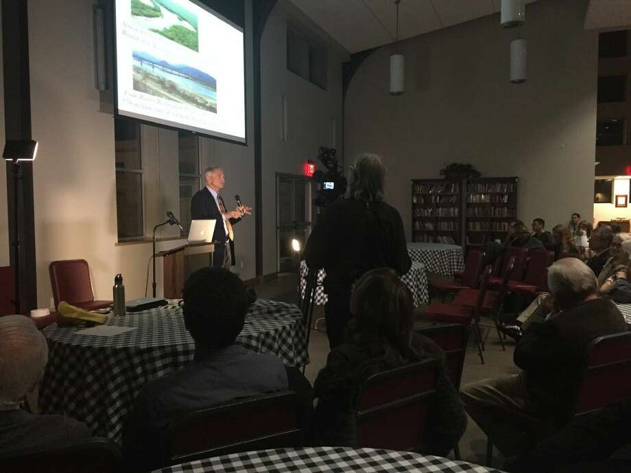 Mathias Kondolf, a river expert from U.C. Berkeley, toured Buffalo Bayou and delivered a lecture on river restoration theory and techniques. The event was sponsored by Save Buffalo Bayou.