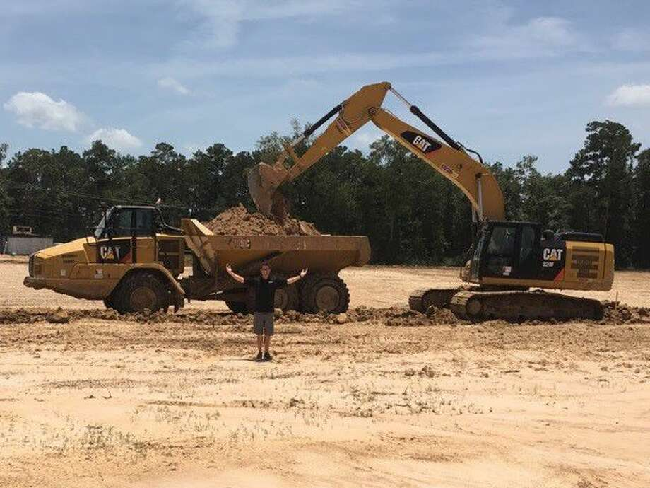 After nearly a year of delays due to many reasons, including offsite utilities, major new road construction, and unprecedented rain for over a year, Speedsportz Racing Park at Grand Texas and the Alan Rudolph Racing Academy is finally under construction.