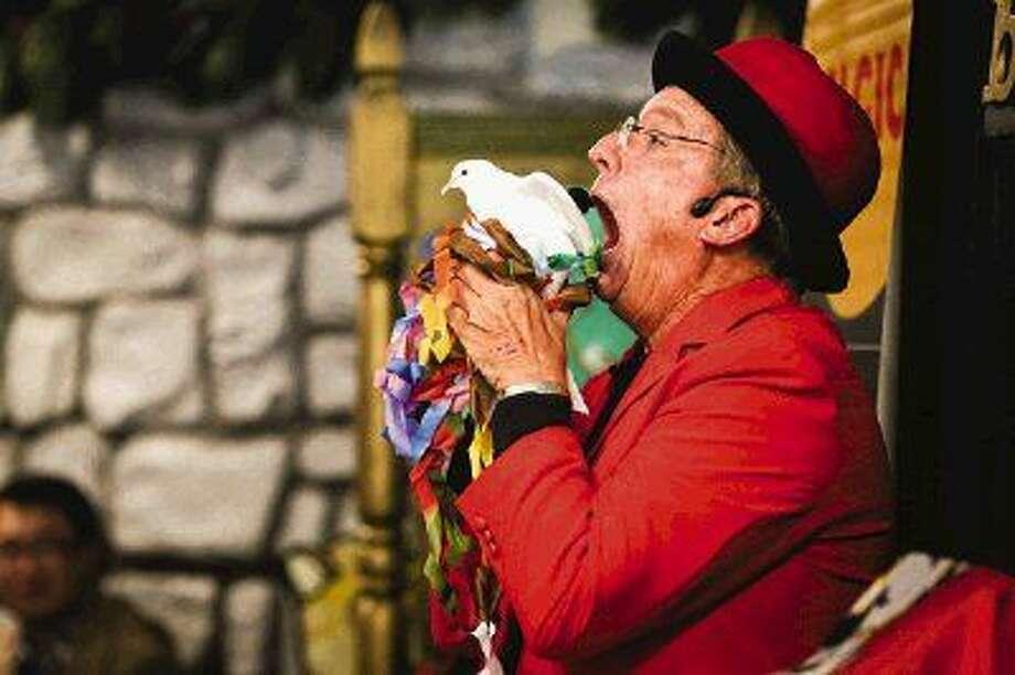 Local magician Professor Hughdini performs a magic show on Friday, Nov. 28, 2014, at The Woodlands Children's Museum. Photo: Michael Minasi