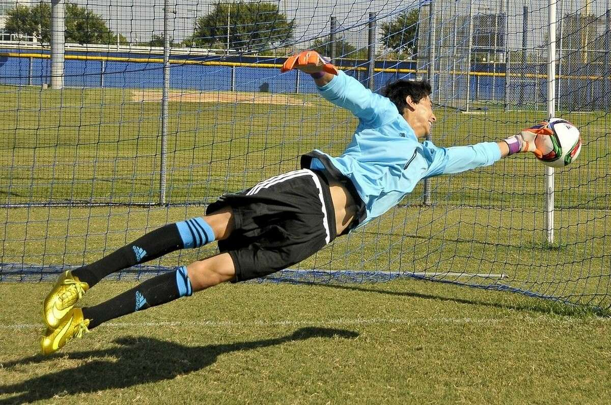 The San Jacinto College men's soccer team will hold open tryouts for the 2016 season on Friday, Dec. 4 at 6 p.m., at the South Campus soccer field. Pictured: Jhonattan Garduno. Photo credit: Andrea Vasquez, San Jacinto College marketing, public relations, and government affairs department.