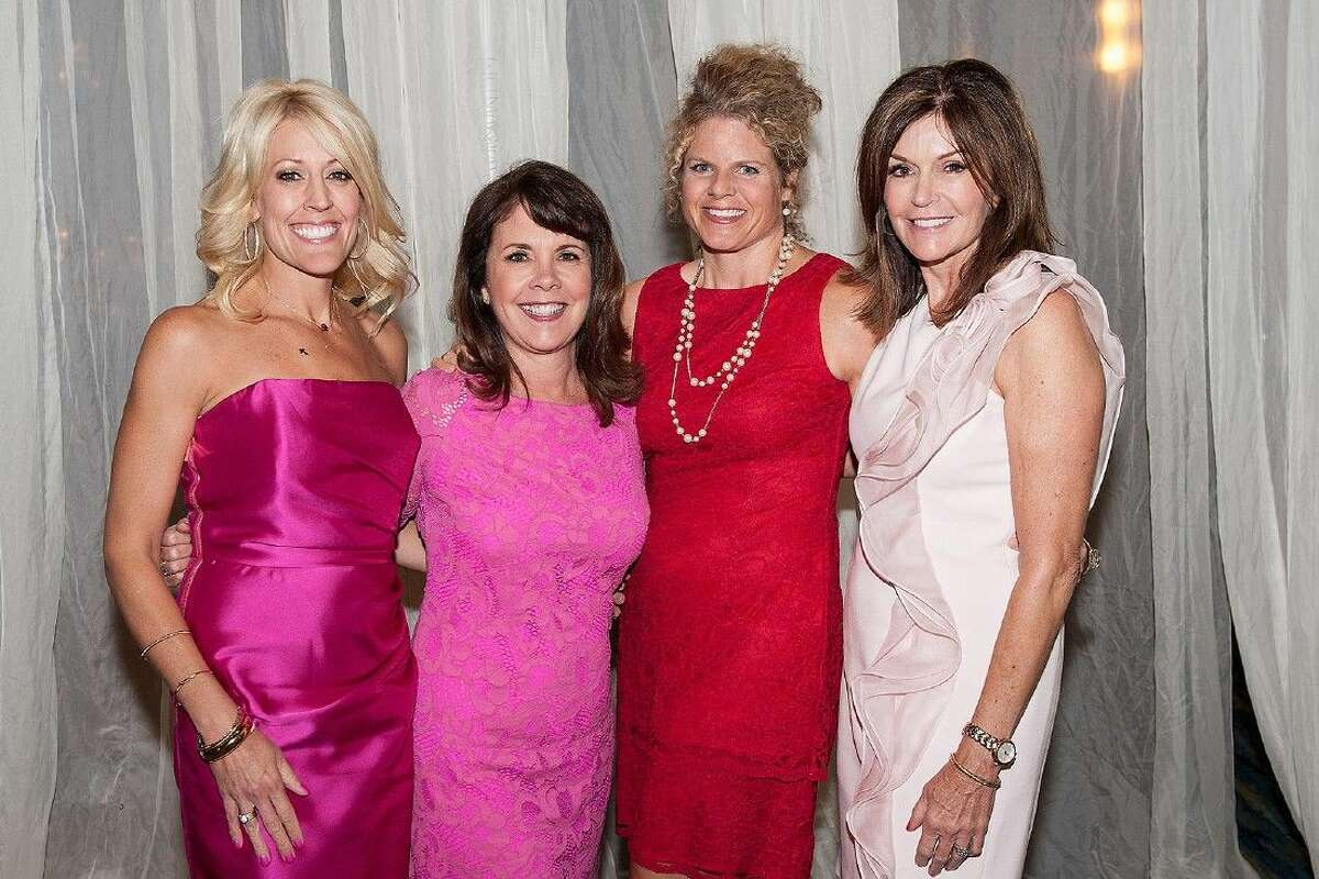 2013/2014 Memorial Hermann In the Pink of Health co-chairs (far left and right) Carrie Hyman and Melissa Preston with incoming co-chairs (middle left to right) Karey Miller and Andrea Alexander.