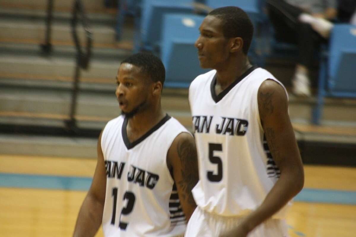 San Jacinto College basketball players Michael Hunter (12) and Jay Hedgeman (5) opposed Paris Junior College in a Region 14 Conference contest Wednesday night at Anders Gym. The last time the Dragons invaded Anders was in 2012 and San Jac came away with a 78-69 win. Over the last eight meetings, the Ravens own a 5-3 advantage. The last time Paris defeated a San Jac team at Anders was the 2007-2008 season, following an 81-69 win. Since the league split into a North and South division, San Jac is 3-0 at home against the Dragons.