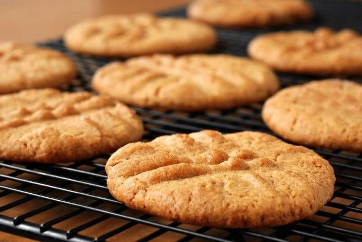This take on Peanut Butter Sriracha Cookies certainly adds a kick to things; a sweet and spicy accompaniment to an already classic cookie!