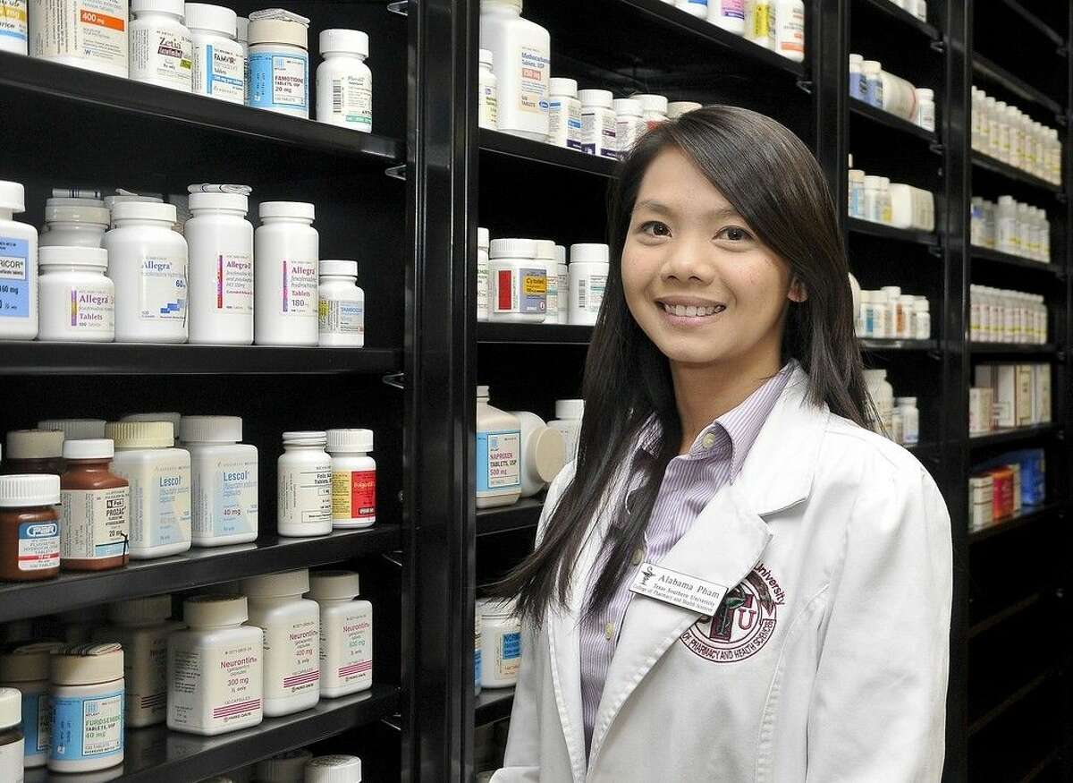 San Jacinto College alumnae, Alabama Pham, recently completed an academic rotation at the College as a requirement for completing her doctorate degree in pharmacy at Texas Southern University. Photo credit: Andrea Vasquez, San Jacinto College marketing, public relations, and government affairs department.