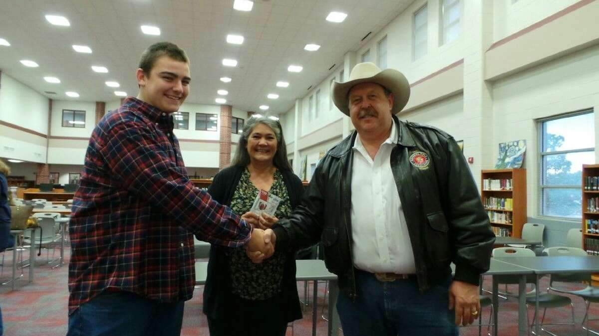 State Rep. Cecil Bell Jr. donated a $100 visa gift card to the Young Republicans Club at Magnolia High School at the December monthly meeting. Call Vairin, MHS ninth grade club representative won the gift card and re-donated it toTeens Helping Team via Intercept Ministries.