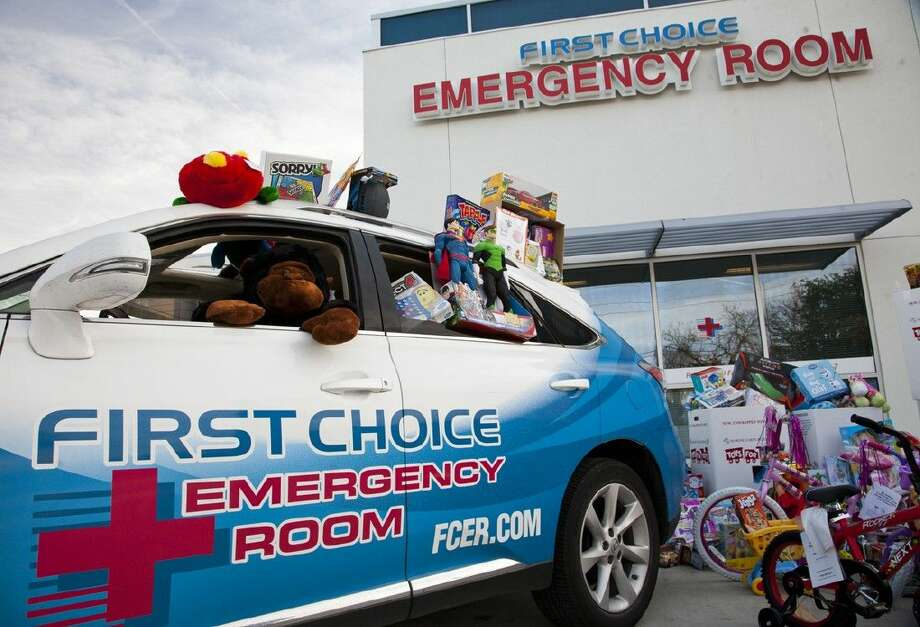 As Toys for Tots wraps up another successful holiday season and with help from the Houston community including Kingwood and Atascocita/Humble, First Choice Emergency Room collected approximately 30,000 toys.