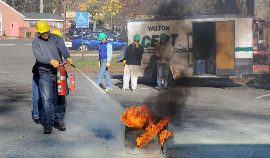 The Wilton CERT is offering free disaster preparedness training starting Oct. 12. Photo: Contributed Photo