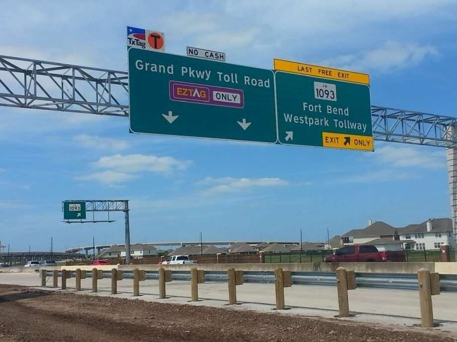 The Grand Parkway near the Westpark Tollway (FM 1093), in Fort Bend County. Photo: Zach Haverkamp
