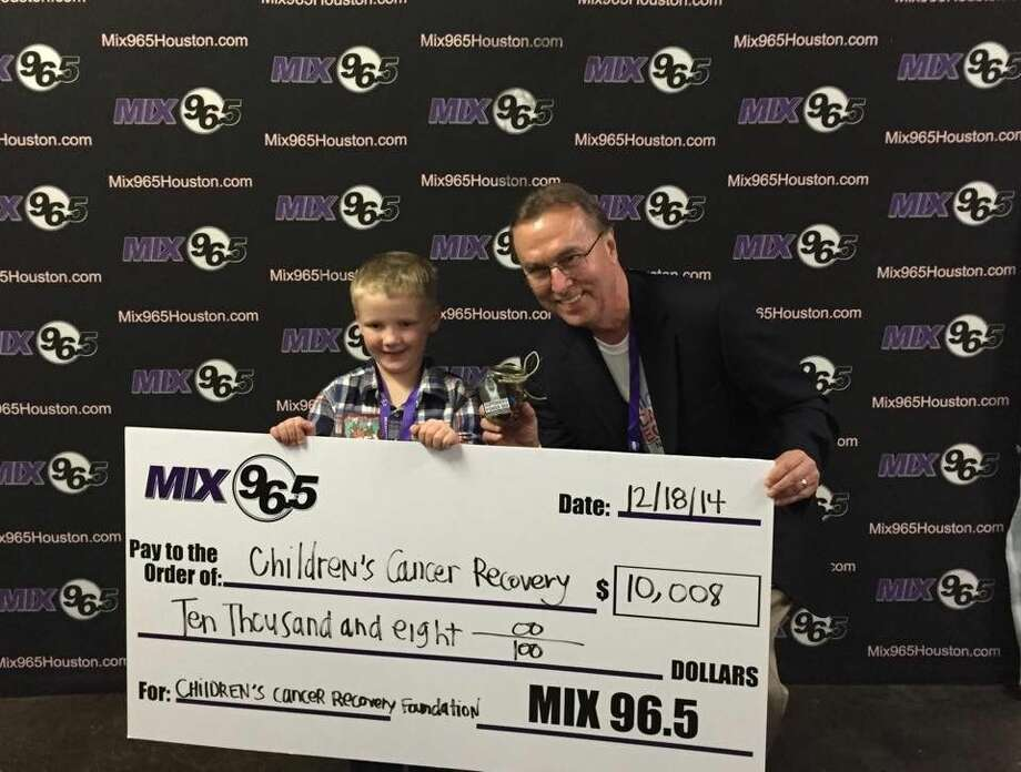 In the spirit of holiday giving, Mix 96.5 partnered with Children's Cancer Recovery Foundation (CCRF) to bring joy and hope to children and families battling cancer during the holiday season.