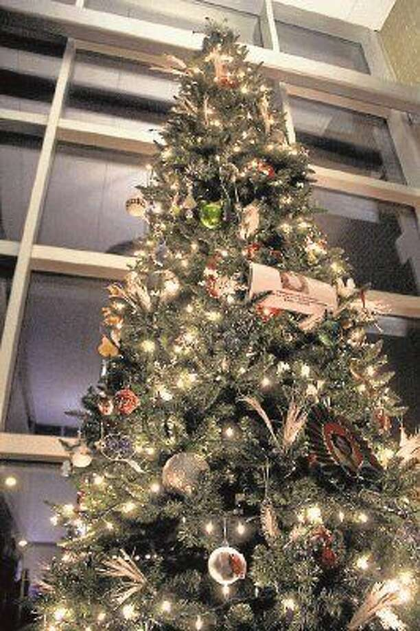 The Pearland Police Department recently honored victims of violent crime at a Christmas Tree Lighting Ceremony. Photo: Kristi NIx