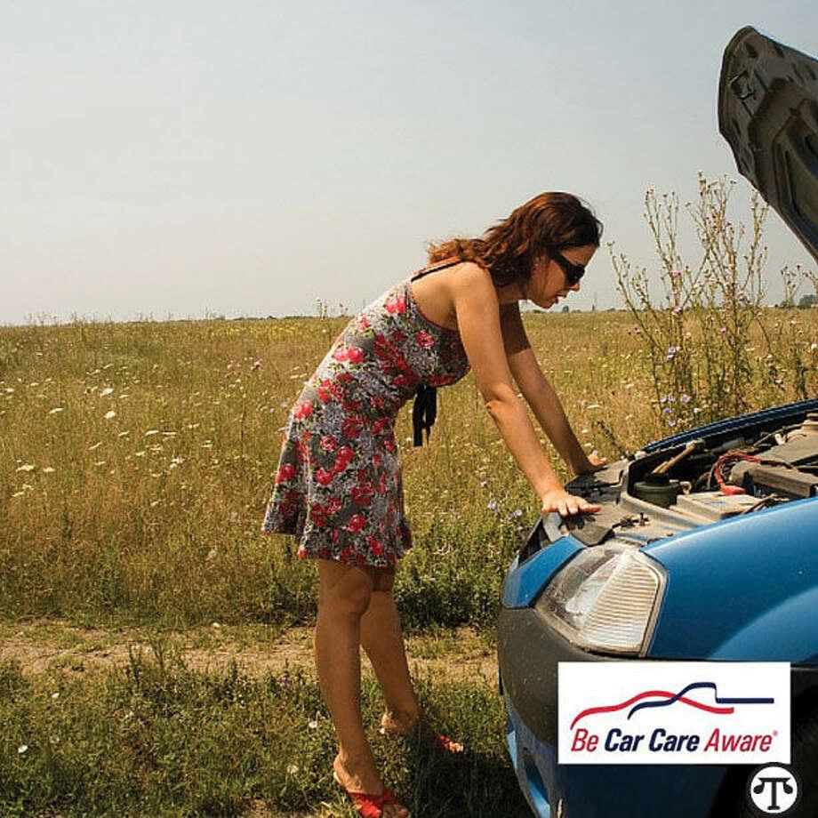Chequear algunas cosas antes de salir a la carretera ayuda a conducir sin problemas y asegura que la pase bien en el camino. (NAPS)