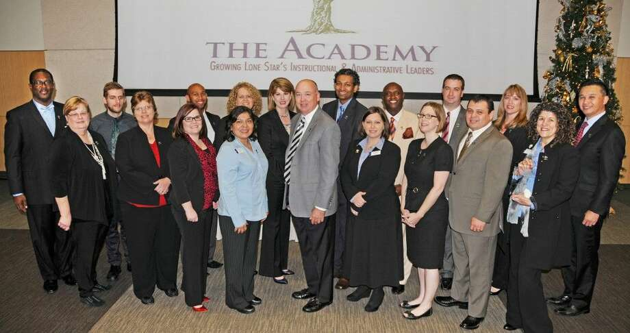 19 graduate from Lone Star College Leadership Academy