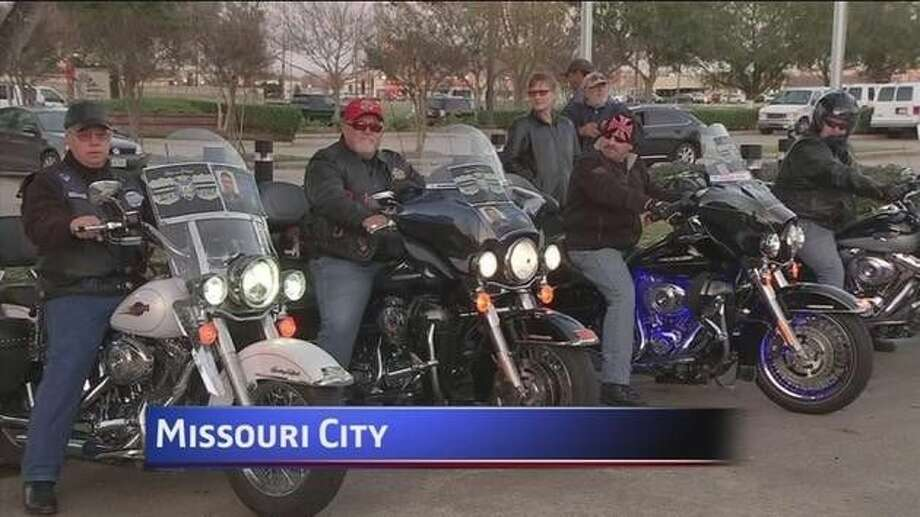 Quanell X and supporters of Chad Chadwick were holding a press conference outside the Missouri City Police Department Tuesday, Dec. 23, when bikers from the Thin Blue Line Law Enforcement Motorcycle Club tried to drown their voices by revving their vehicles' engines as they spoke. Photo: Photo Courtesy KTRK-TV
