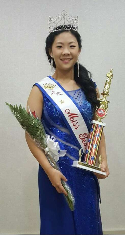 Clear Lake High school student Alina Dong was crowned as Miss Texas Jr. Teen at the Miss American Coed Pageant Competition.