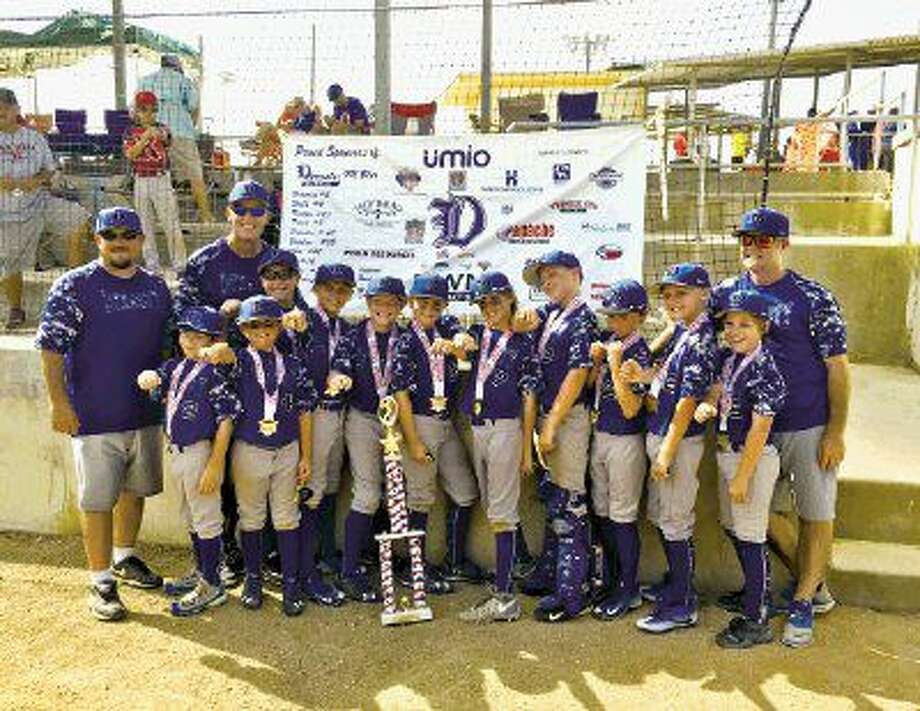 In the championship round, Dynasty 9U Blue rallied to score 13 runs and hold their opponent to just five. As they demonstrated throughout the season, the combination of hot bats and dominant pitching were the key factors in the boys' victory. Team members include #12 Dylan Brewer, #15 Ben Chattaway, #4 Brett Drew, #28 Kadyn Erickson , #32 Braden Fuentes, #60 Braeden Jenkins, #42 Cole Mayon, #16 Remington Prazak, #2 Brayden Rawle, #3 Blake Risko and #7 Trace Taylor. The team's coaches were Brad Fuentes, Ron Roesler and Andrew Taylor.