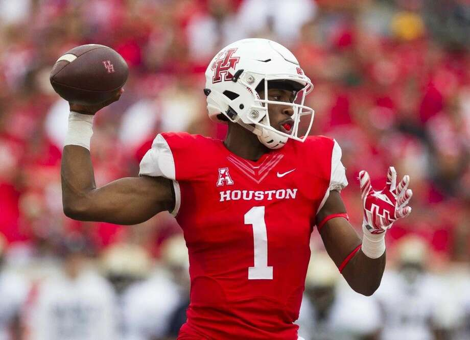 Houston quarterback Greg Ward Jr. throws a pass earlier this season. Ward Jr. finished with 305 all-purpose yards in the victory against Florida State, including 25-41 passing for 238 yards.  Photo: Jason Fochtman