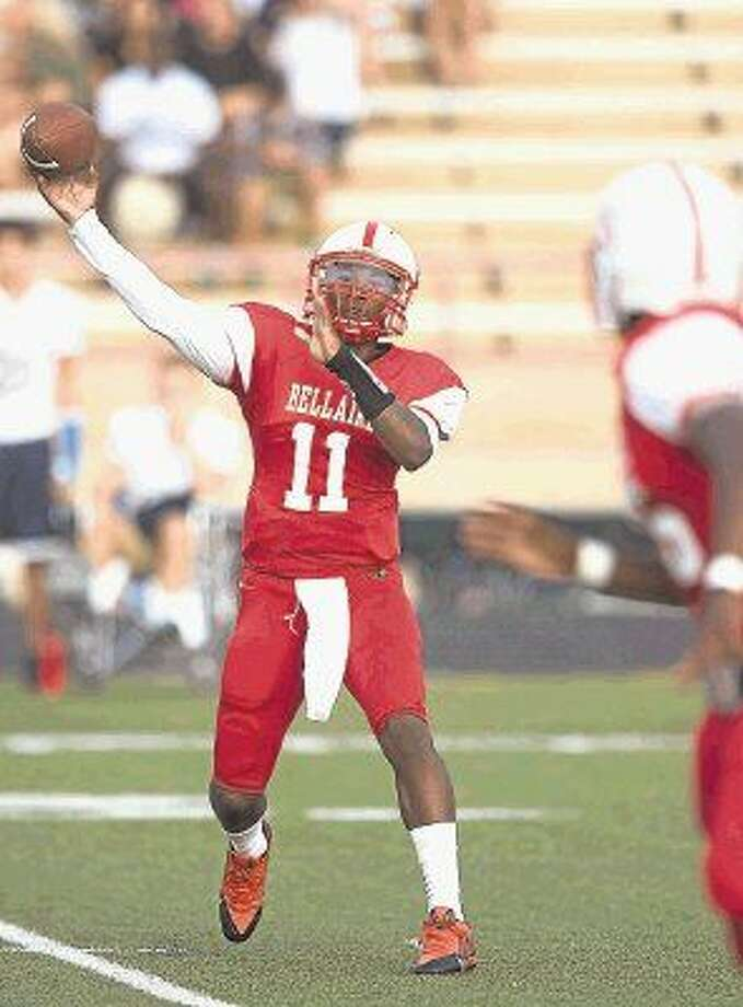 Quarterback Trevon Smith releases a short pass to a receiver during a recent Bellaire victory. The Cardinals will take on Lamar Friday night at Butler Stadium and look to end a losing streak to their HISD rivals that extends over the past three decades. Both teams are 2-0 in District 20-6A. Photo: Kevin B Long