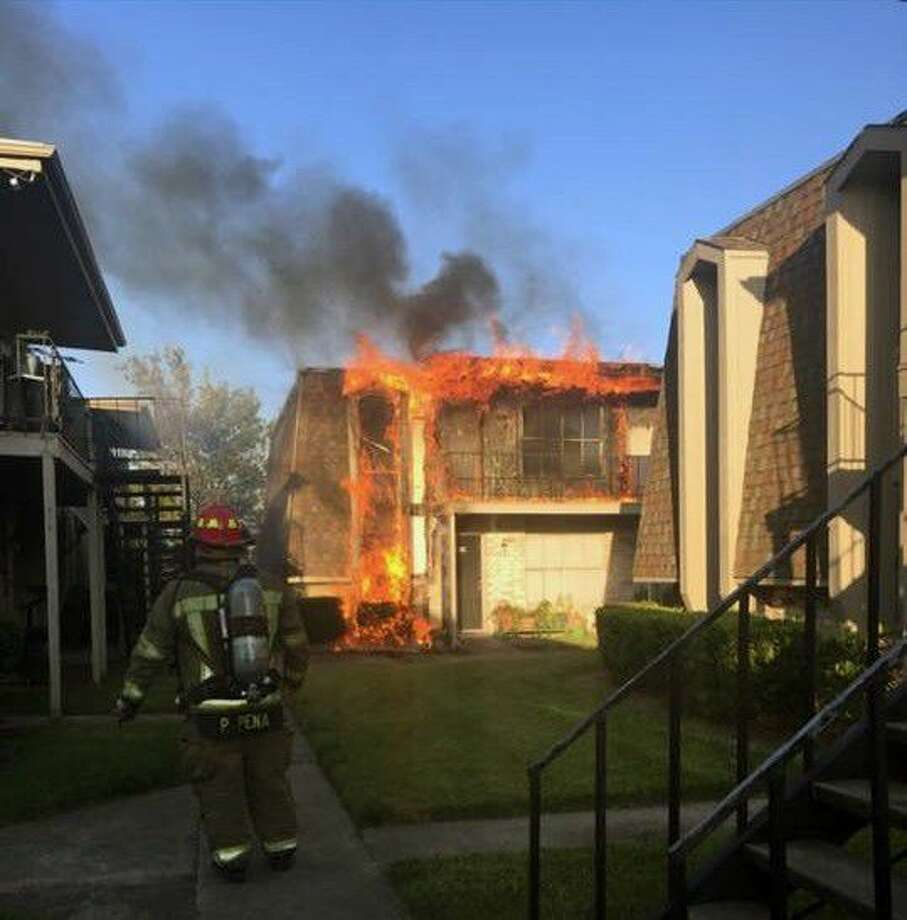 Pasadena Firefighters responded to an apartment fire at 3120 Pasadena Blvd. Saturday. Photo: Submitted Photo
