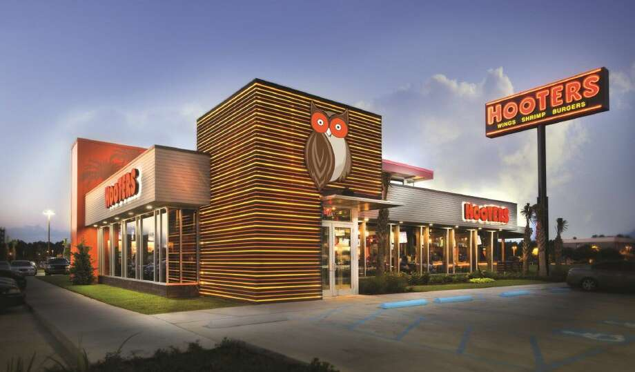 Design of the new Hooters.
